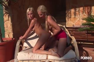 Экстремальный страстный секс прямо на массаже №2046 3
